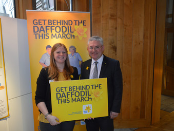 Kenneth Supports Great Daffodil Appeal