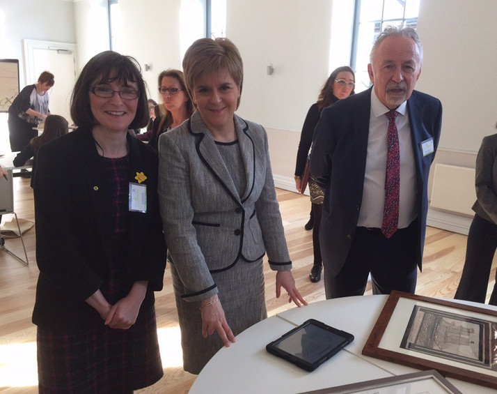 First Minister Opens Saltcoats Town Hall