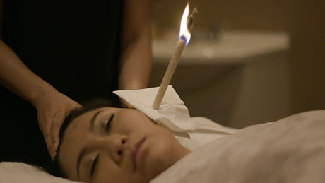 EAR CANDLE, Ear candling therapy
