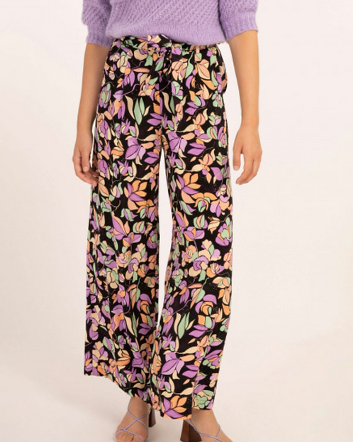 Printed Pant With A Waist Belt
