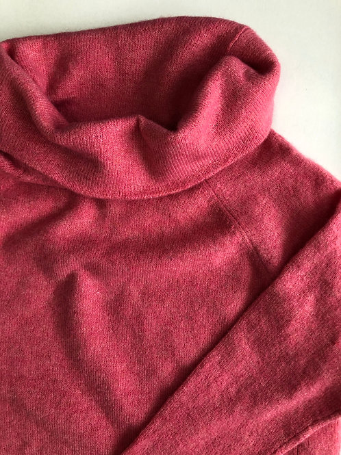 TN0001  Turtleneck sweater