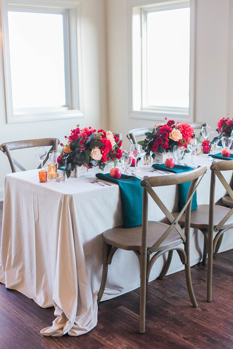 Wedding Centerpieces: Long Tables