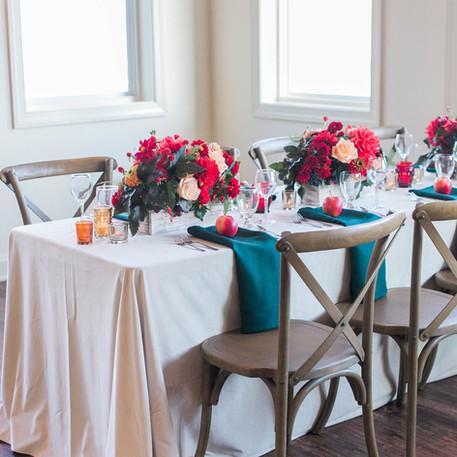 Wedding Centerpieces: Long Tables