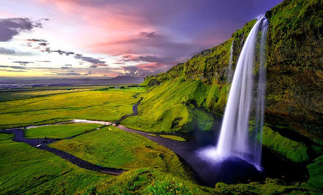 Stock photo of Seljalandsfoss Waterfall from Pixabay.