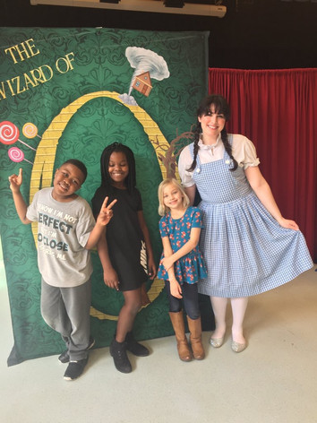 Dorothy with Student Volunteers
