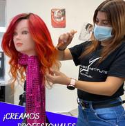 Estudiante de Cosmetología