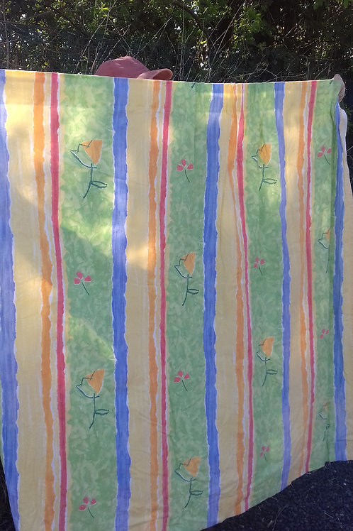 965. Pair of Curtains and Tiebacks. Each 132cm drop and 152cm wide. Lined