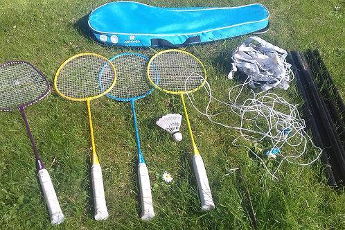 960. Badminton Set