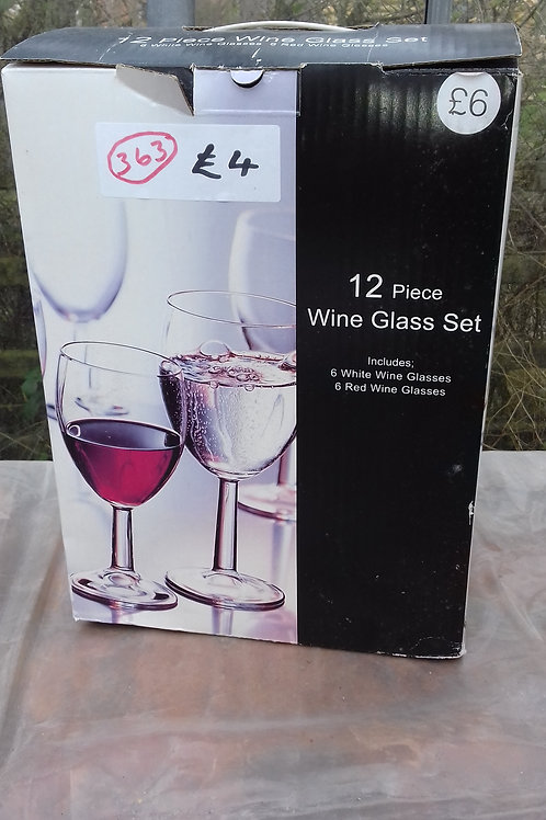 363.  12 x Wine Glasses