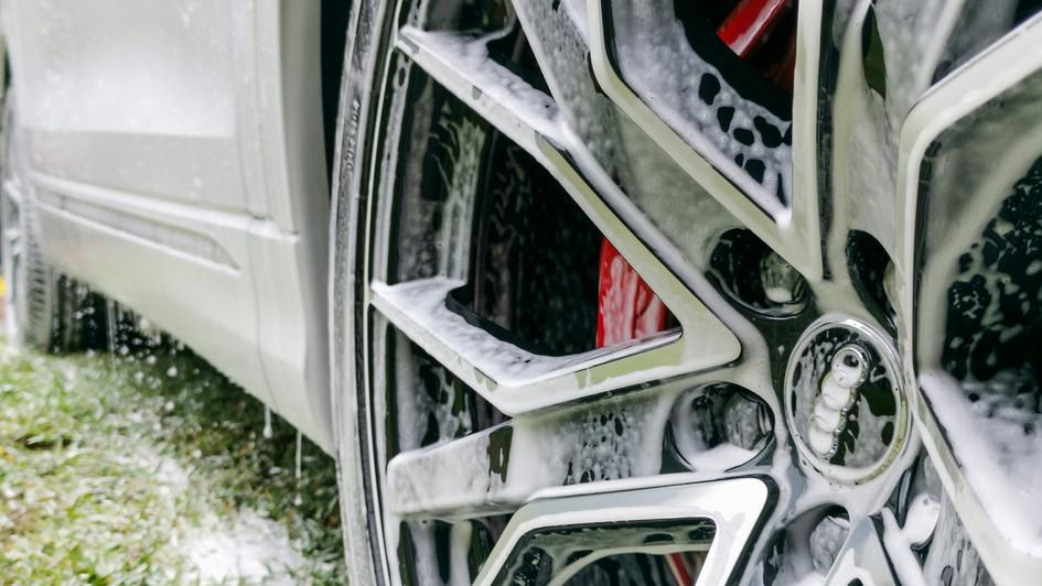 hand clean wheels