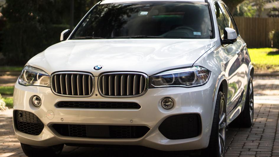 BMW suv detail