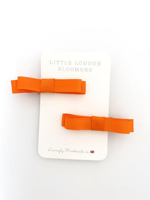 AZAYLIA Orange Ribbon Bows