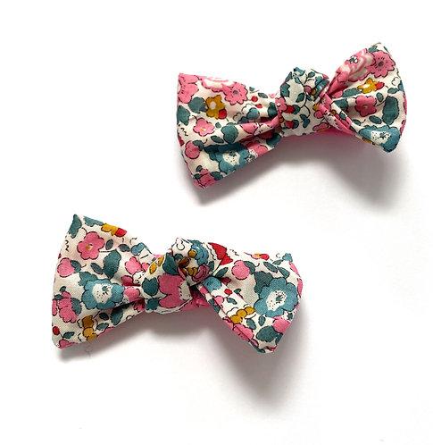 BETSY (Bright Pink) Bows