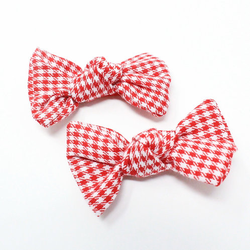 HUNTER (Red) Bows