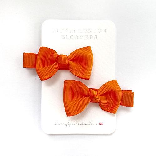 AZAYLIA Dark Orange Bows
