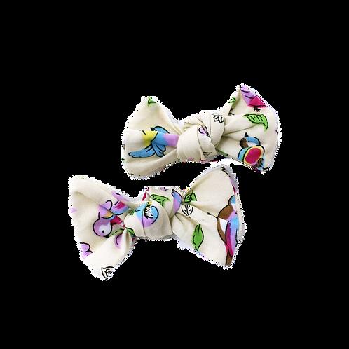 INDIA (Cream) Bows