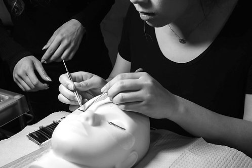 EYELASH EXTENSIONS Vancouver, BC