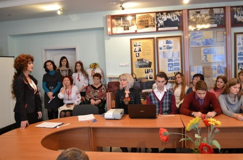 Презентація курсів для дітей-переселенців зі Сходу України