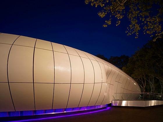 Z.Hadid- Mobile Art, N.Y.-002813-2_2079_1235663668 - Copy.jpg