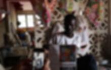 IBOU dans son atelier.jpg