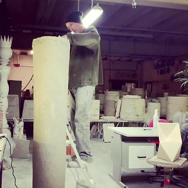 scultura in lavoro