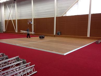 installation plancher scène pour un évenement par LDV vision & réception