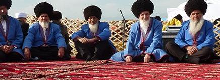 Turkmenen tijdens Nowruz festival Saffraan Reizen