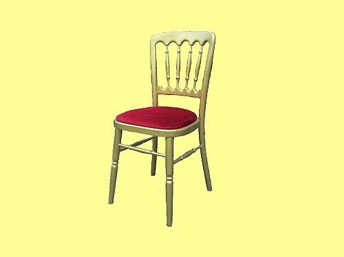 Gouden stoelen rode zitting