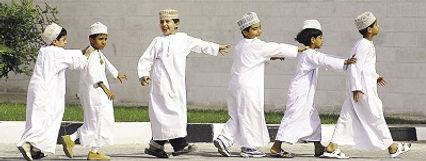 Jongens in Oman - Saffraan Reizen