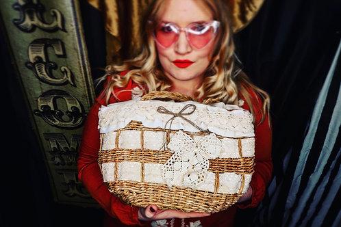 Vintage Lace Bow Basket Bag