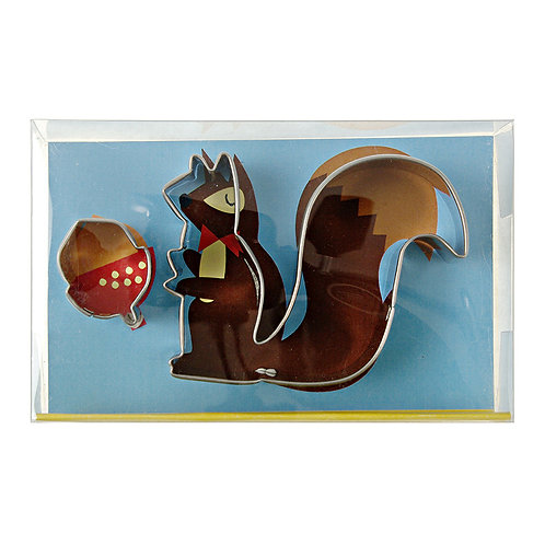 SQUIRREL AND NUT COOKIE CUTTER