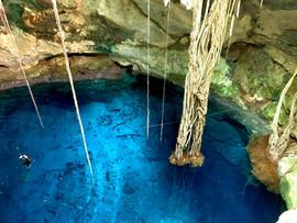 Eine geschlossene Cenote