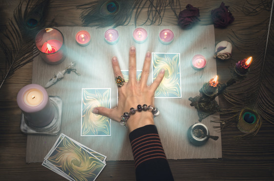 Four Steps to Improve Your Tarot Readings