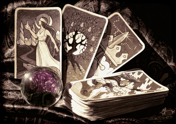 Signs you should get a Tarot Reading