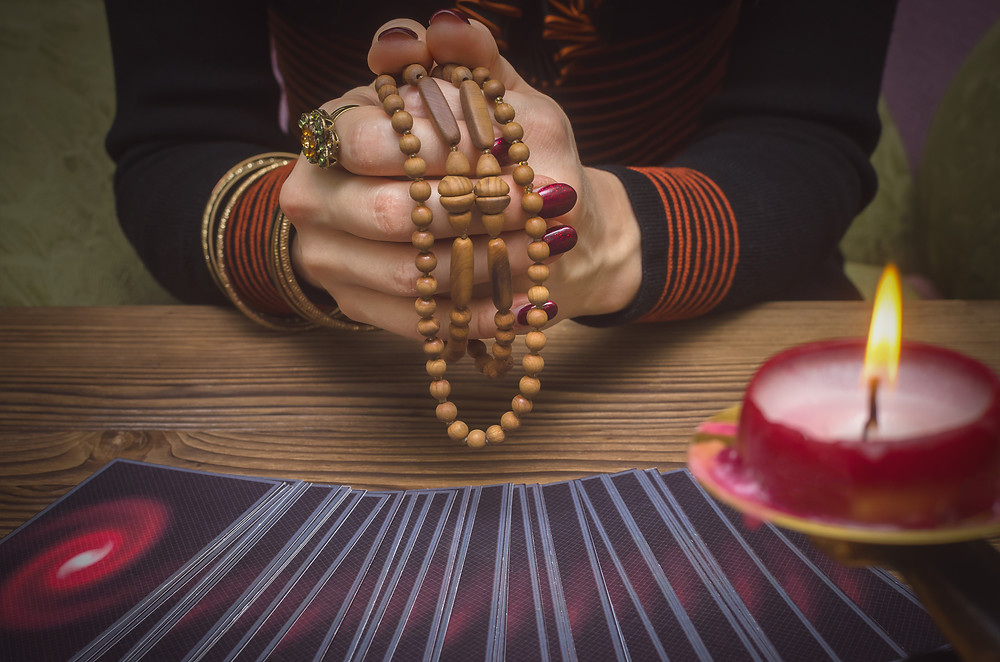 Four Steps to Connecting with Your Tarot Deck