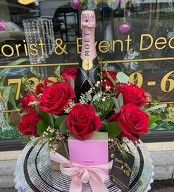Moet & Roses