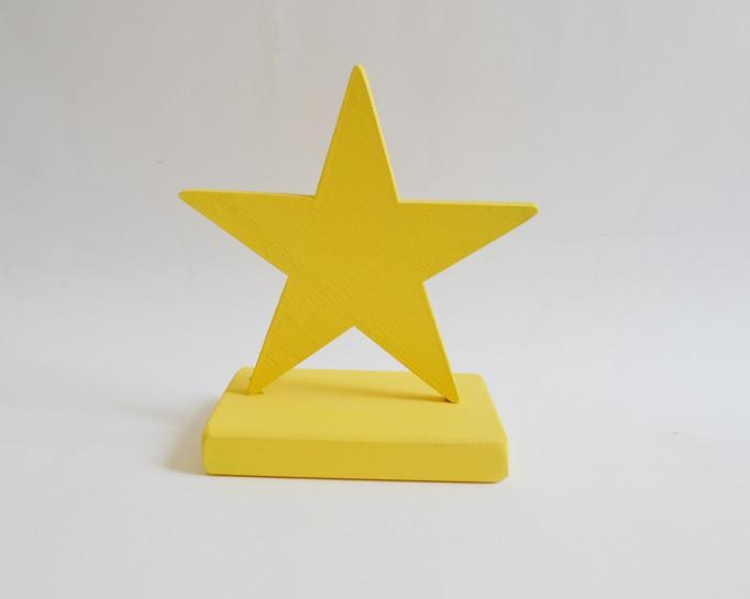 כוכב דקורטיבי מעץ