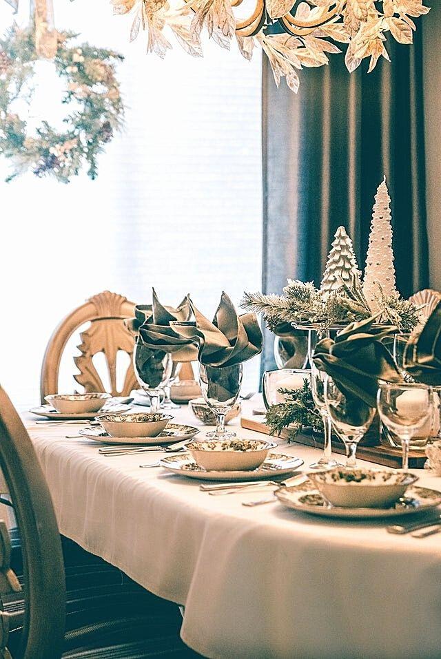 white-christmas-decoration-wreaths-christmas-2020