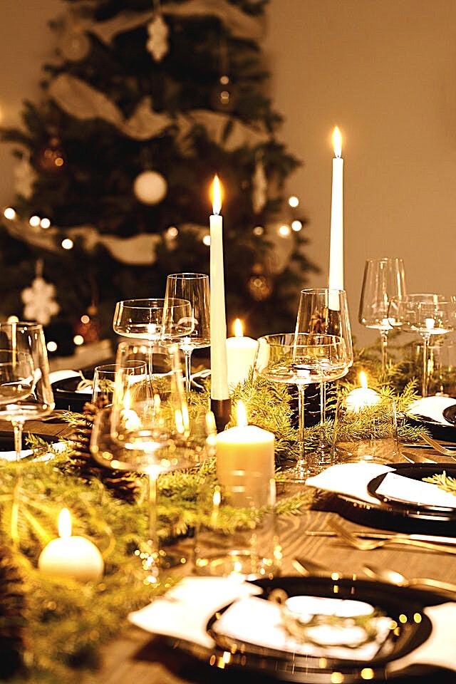 christmas-table-decoration-christmas-tree-candles