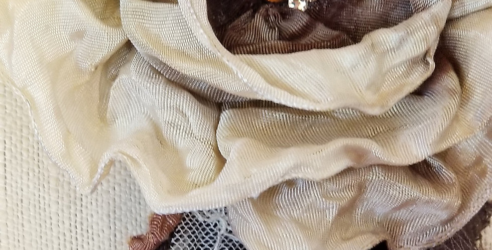 Burnt Vanilla Brooch- Large