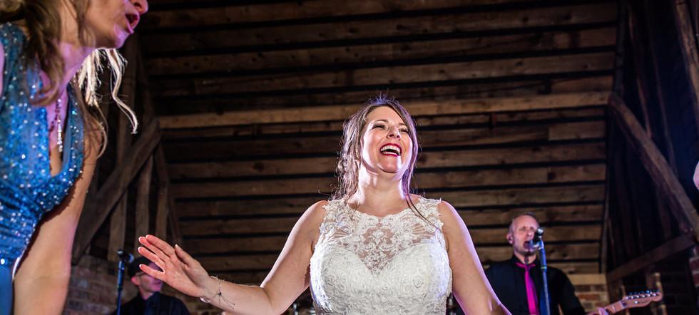 Herts Wedding Band - The Barns at Recoats