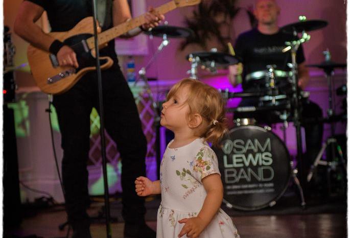 The Sam Lewis Band - Sheene Mill 11.jpg