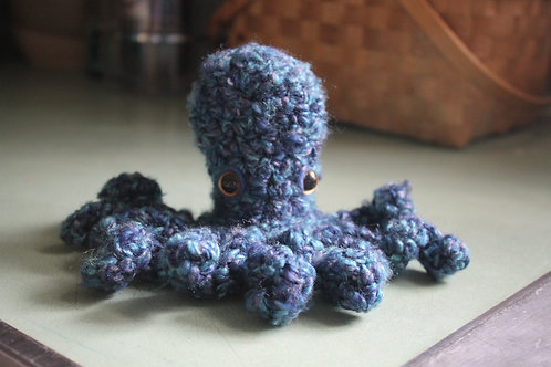 Octopus-Fluffy Blue