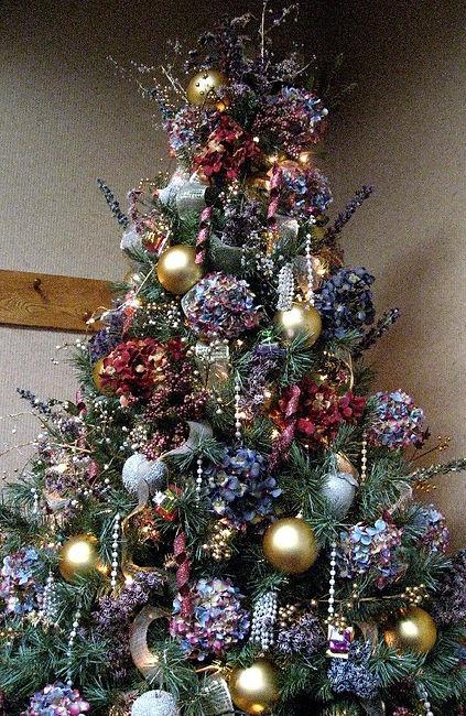 Hydrangea Christmas Tree.jpg