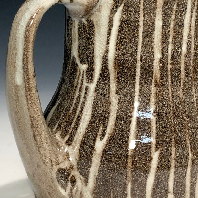 floor-board mug - slip & handle detail
