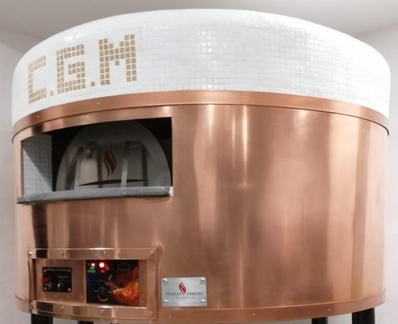 forno rotante per pizza