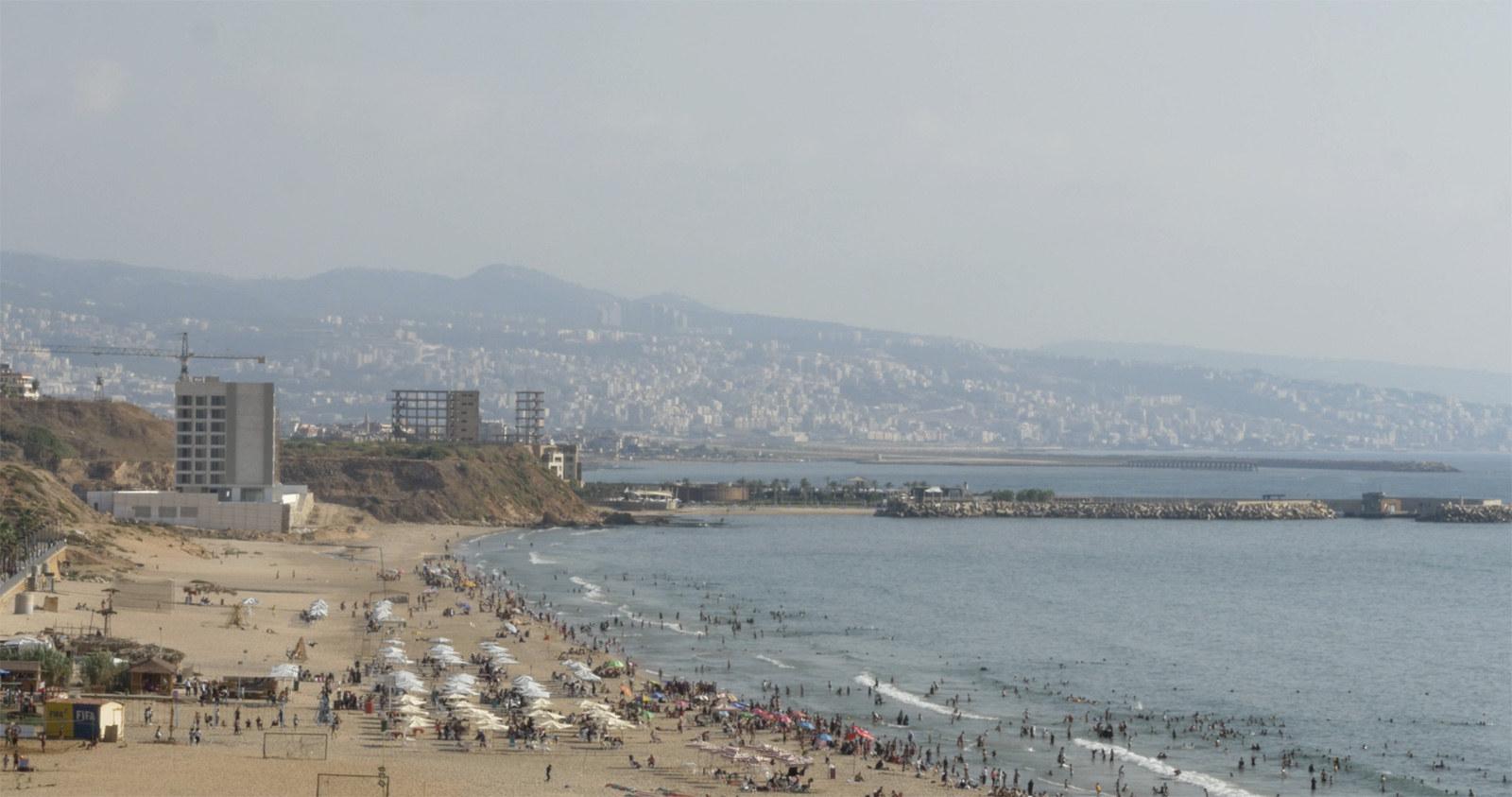 AAW_beach.jpg