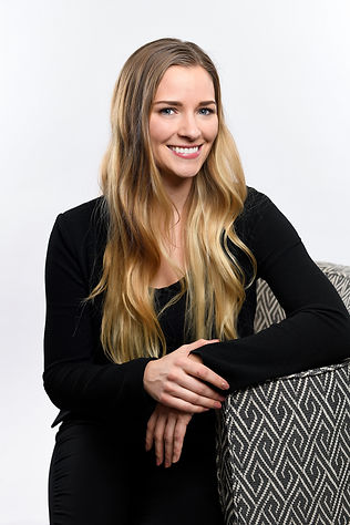 Danielle Hildebrand Headshot.jpg