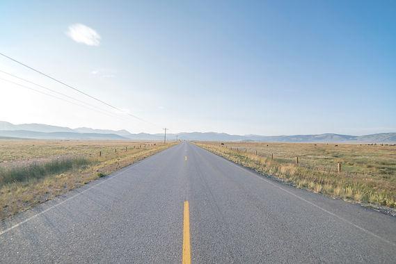 grass-horizon-track-road-field-prairie-16875-pxhere.com.jpg