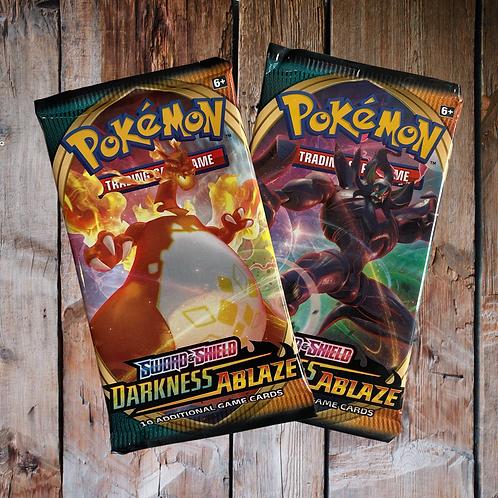Pokémon Sword & Shield: Darkness Ablaze (Random Loose)